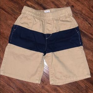 Boys shorts excellent used condition size 6